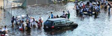 Pater Tran - Hurrikan prüft unseren Glauben in Gott
