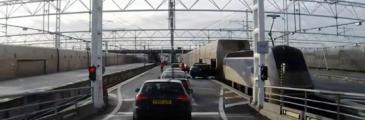 Paar mit 12 Vietnamesen am Eurotunnel gefasst