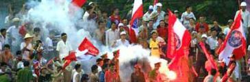 Blutige Ausschreitung im Stadion Vinh