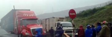 Kỳ Anh Bezirk - Blockade der Schnellstraße 1A